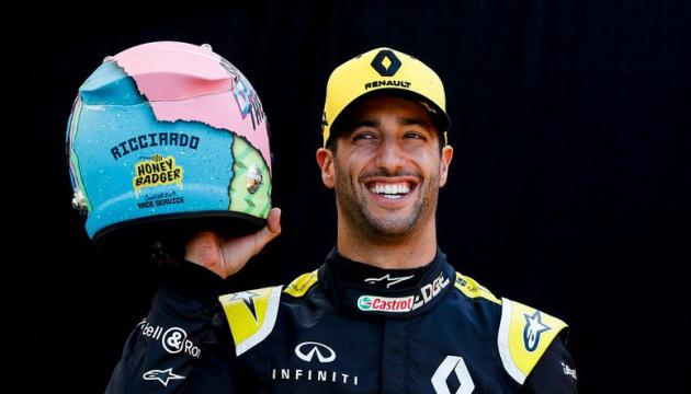 Формула-1: Ріккардо представив революційний дизайн шолома