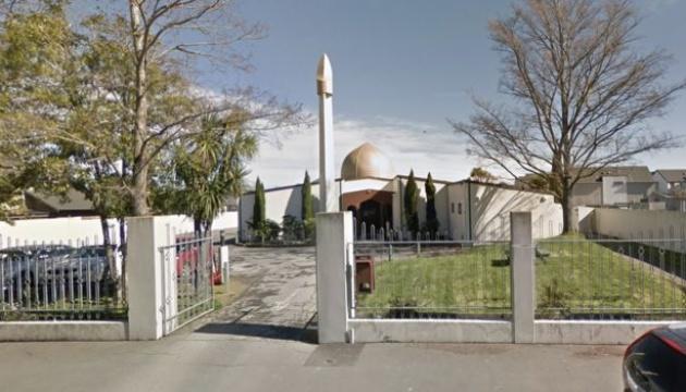 В Новой Зеландии неизвестный открыл стрельбу в мечети: есть погибшие и раненные