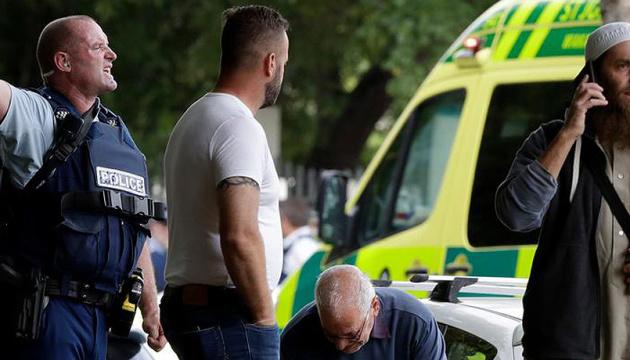 Теракт у Новій Зеландії: Вбивця вів пряму трансляцію розстрілів у мечеті