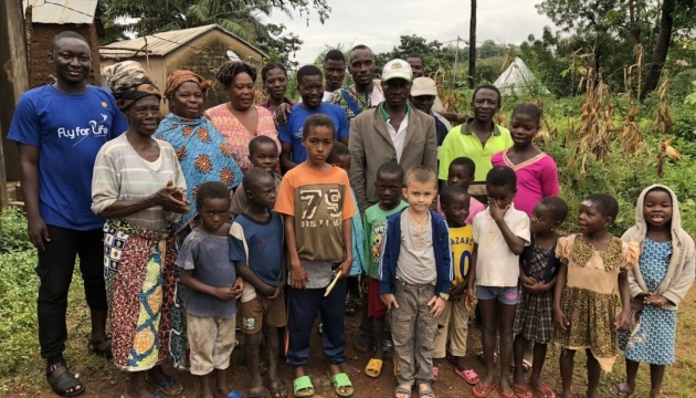 6-річний українець допомагає дітям одного з найбідніших регіонів Африки