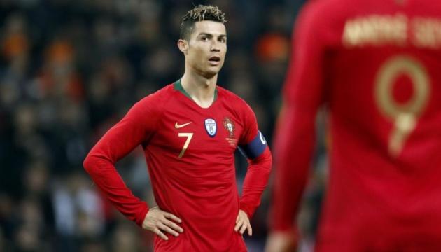Роналду сыграет за сборную Португалии против Украины в отборе Евро-2020