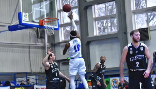 Баскетбол: «Одеса» вирвала перемогу у «Черкаських Мавп»