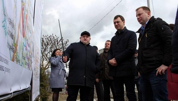 """Омелян розповів про """"дорожні"""" плани для Тернопільщини"""