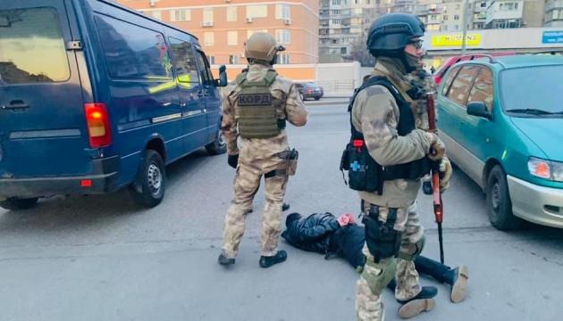 В Одесі затримали рекетирів, які діяли в дусі 90-х
