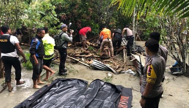 Кількість жертв повені в Індонезії перевищила 60 осіб