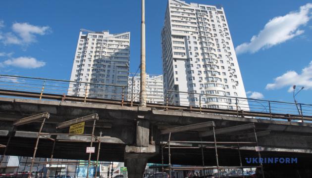Съезд с Шулявского моста перекроют до 1 сентября