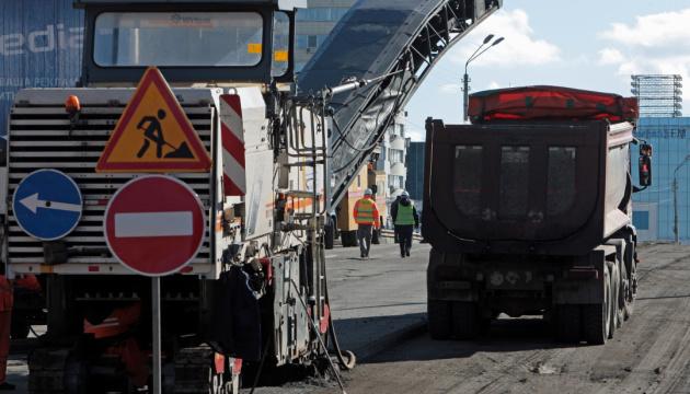 Через ремонт Шулявського мосту змінять маршрути три нічних тролейбуси