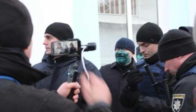 У Бердянську судитимуть чоловіка, який облив Вілкула зеленкою
