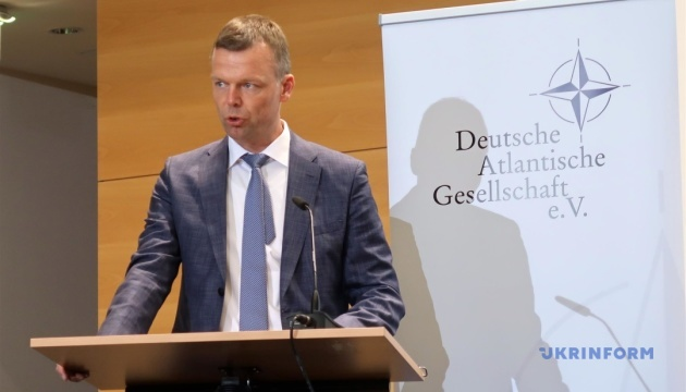 「ドンバス停戦は、協議のための可能性を開く」=OSCE監視団元副団長