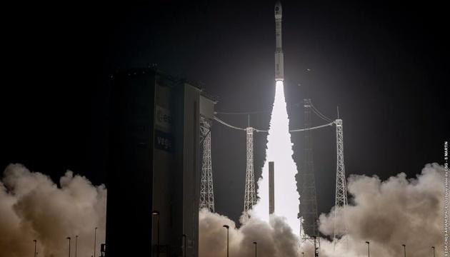 Ракету-носитель Vega с украинским двигателем запустили в космос