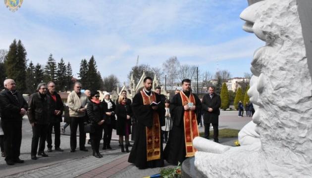 Пам'ять Ігоря Білозіра вшанували на Личаківському кладовищі