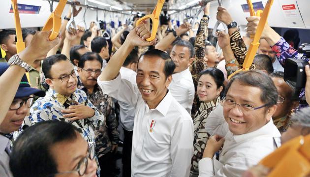 В Индонезии впервые запускают метро
