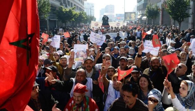 У Марокко вчителі масово виходять на вулиці - вимагають стабільної роботи