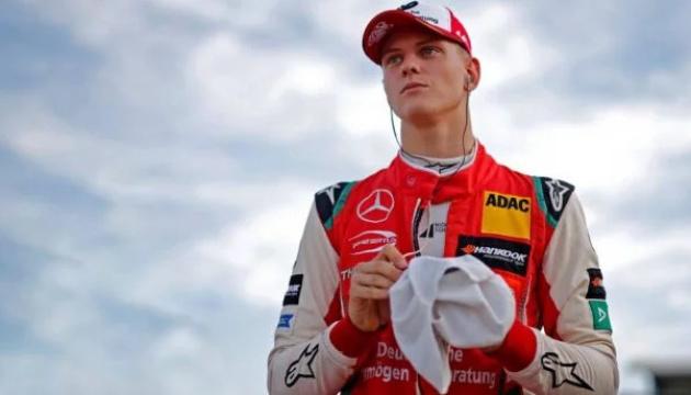 Формула-1: син Міхаеля Шумахера дебютує на тестах за кермом Ferrari