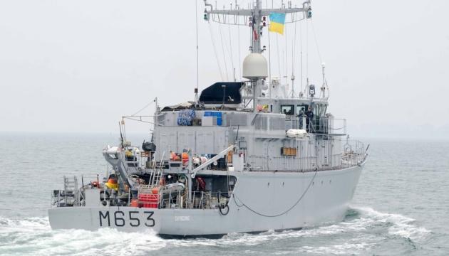 У Чорному морі пройшло спільне тренування ВМС України та Франції
