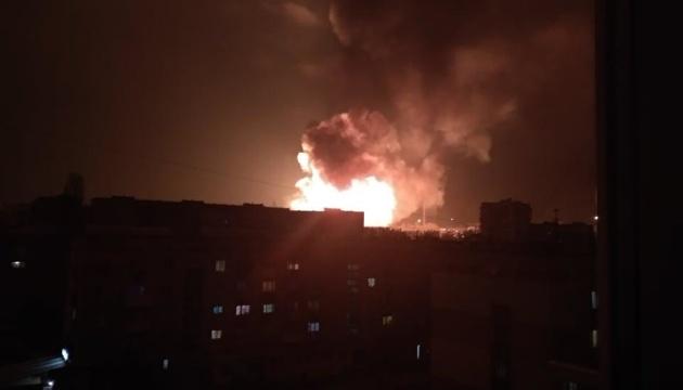У Кропивницькому пролунали кілька потужних вибухів