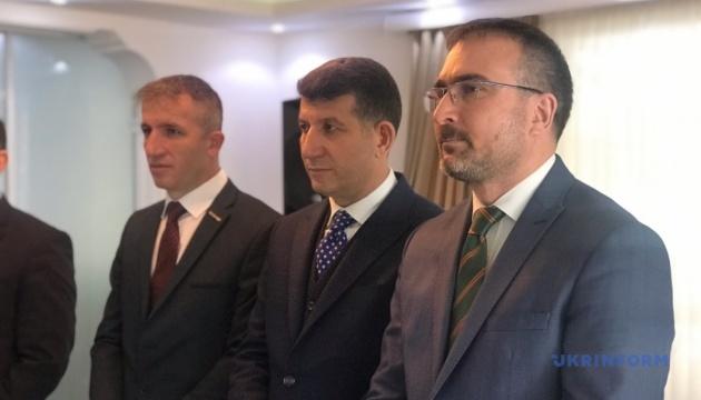У Туреччині засуджують масові обшуки та арешти кримських татар