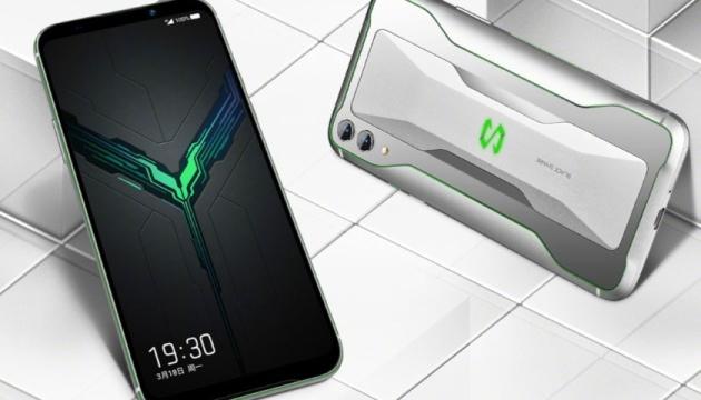 Новий ігровий смартфон Xiaomi вже продають у Європі