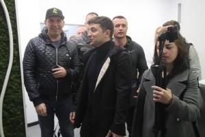 Präsidentschaftskandidat Selenskyj sieht keine künftige Zusammenarbeit mit Bojko und Medwedtschuk