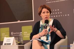 Посол Британії: Паспорти РФ на Донбасі - спроба дестабілізації України