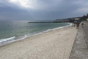 Біля чотирьох пляжів Одещини погіршився стан морської води