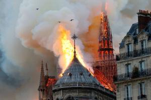 МОК выделит полмиллиона евро на восстановление Нотр-Дама