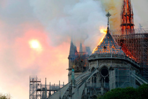 Слідчі з'ясували, звідки почалася пожежа в соборі Нотр-Дам