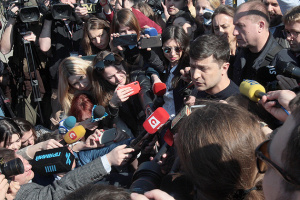 Зеленський у разі президентства не скасує мовні квоти, але має план
