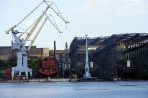 ミコライウ造船工場、カメルーン籍貨物船の改修を開始