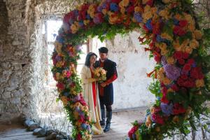 Любовь расцветет в замке Сент-Миклош в мае