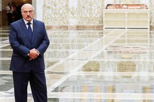 Лукашенко объявил о проведении досрочных парламентских выборов