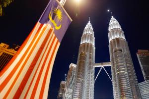 Малайзія запровадить податок на виїзд