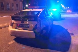 Наїзд на патрульну в центрі Києва: у поліції розповіли деталі