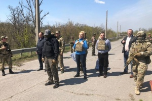 Из оккупированного Донбасса передали еще 60 осужденных