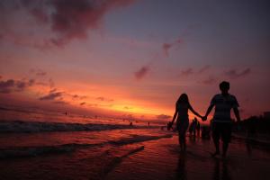 """""""Китайские Гавайи"""" станут ближе для украинских туристов в мае"""