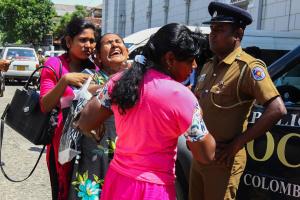 Кількість жертв терактів на Шрі-Ланці зросла до 359