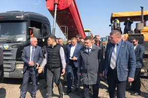 Government program provides for linking all regional centers of Ukraine with high-quality roads by 2021