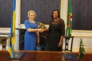 Ukraine nimmt mit Dominica diplomatische Beziehungen  auf