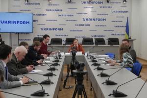 Суспільні настрої та оцінки громадянами ситуації на Донбасі: з якими очікуваннями матиме справу новий Президент України