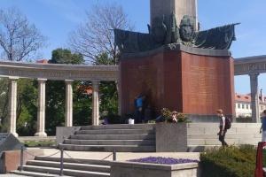 В Вене облили краской памятник советским воинам