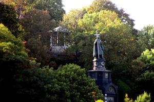 В Киеве укрепили склоны Владимирской горки и парка «Крещатый»