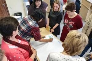 Тергромади Дніпропетровщини вчились управляти автономними освітніми закладами
