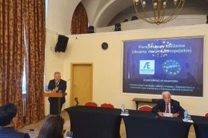 Будь-яка спроба військових дій РФ проти України призведе до опору - Кваснєвський