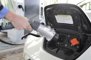 В Україні у травні зареєстрували у 1,5 раза більше легкових електрокарів
