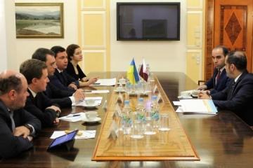 Ukrainian infrastructure minister, ambassador of Qatar discuss formation of Qatar Airways subsidiary in Ukraine