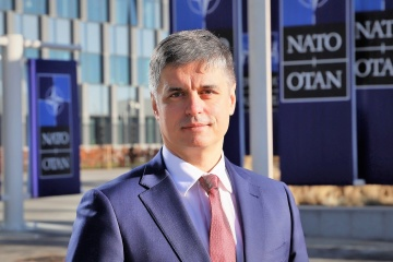 Prystaiko: La declaración de Rusia sobre el cese total de la cooperación con la OTAN es falsa
