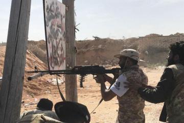 """Ливийский генерал объявил """"решающую битву"""" за Триполи"""