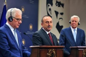 トルコ、ポーランド、ルーマニアの3外相、ウクライナとジョージアのNATO加盟支持を表明