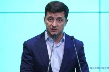 Zelensky promete analizar la ley 'lingüistica' después de su inauguración