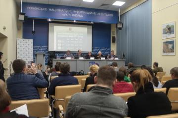 Les données du sondage national: Zelensky obtiendrait 73% des votes, Porochenko – 25,5%